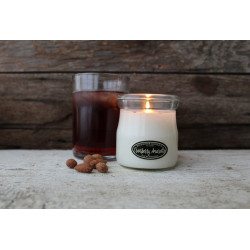 MILKHOUSE CANDLE Cranberry Amaretto vonná svíčka CREAM JAR (142 g)