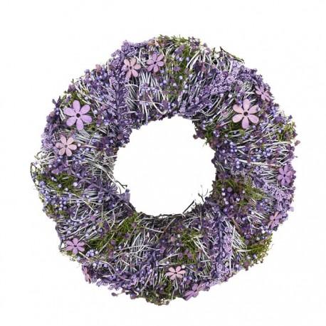 Věnec s fialovými dekoracemi