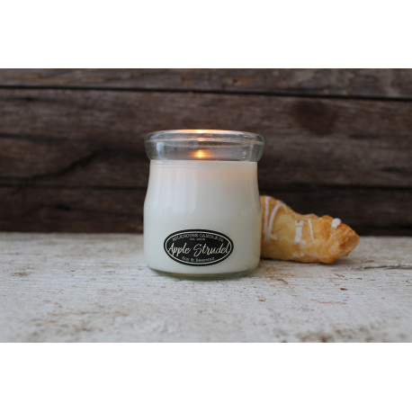 MILKHOUSE CANDLE Apple Stroodel vonná svíčka CREAM JAR (142 g)